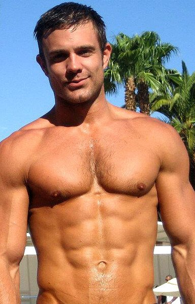 Hot naked muscle men