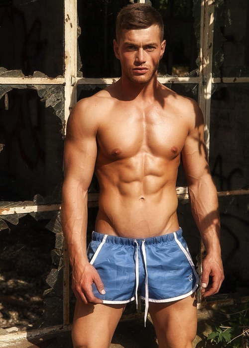 Adonis Muscle - Adonis Photos - AdonisMale