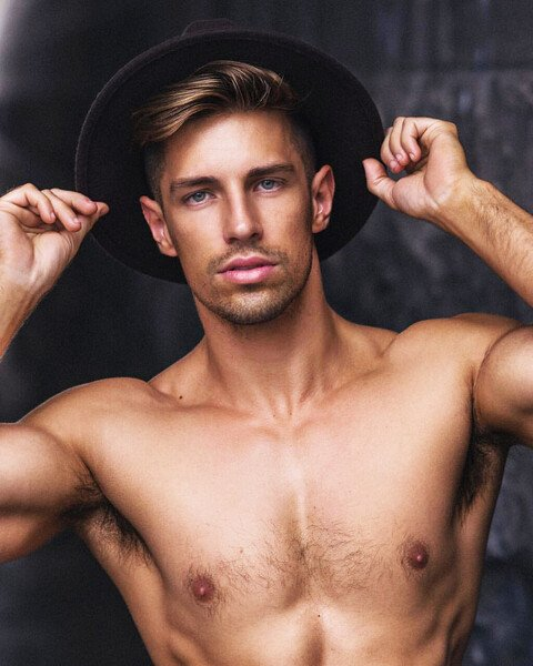 Ryan Greasley (10).jpg