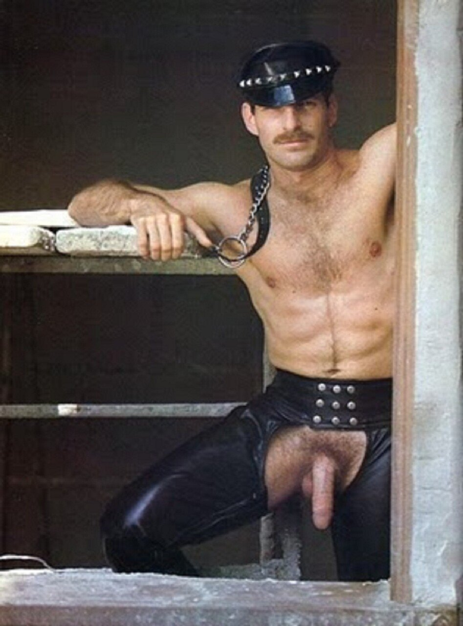 Alberto De Palma Porn men in leather - page 11 - themed images - adonismale
